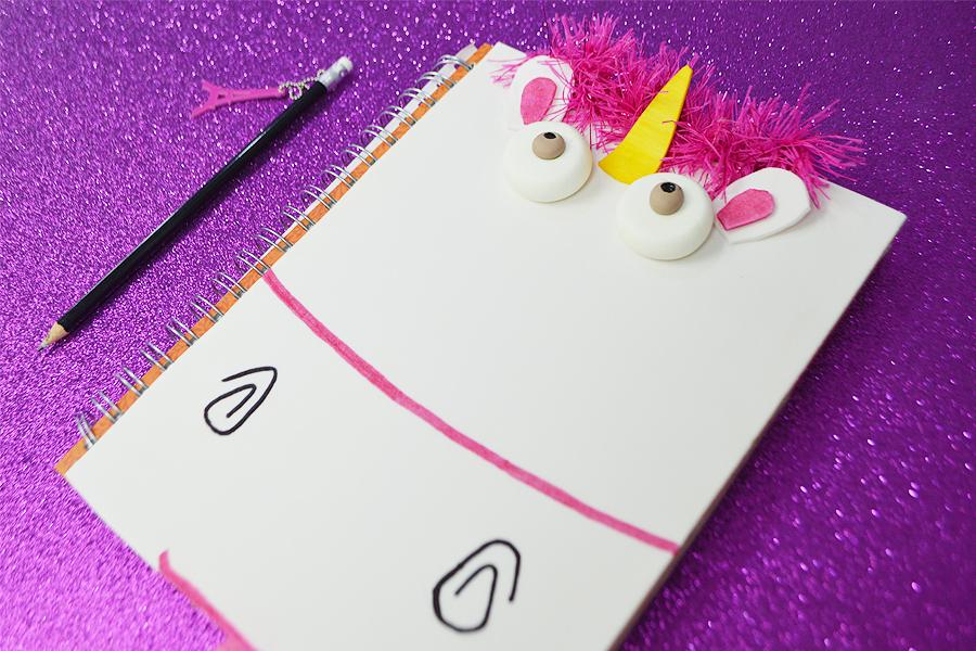 DIY caderno unicórnio